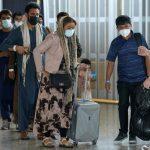 أوبر تتعهد بتخصيص مليون دولار لمساعدة اللاجئين الأفغان